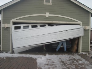 garage-door-crashed-repair-service-forest-hill-tx