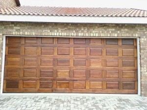 wooden-garage-door-replacement-desoto-tx